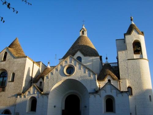 Alberobello - Chiesa a trullo