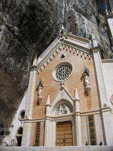 Il santuario della Madonna della Corona