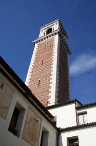 Il campanile di Monteberico dal chiostro