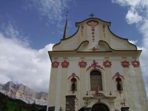 La chiesa dei Santi Giacomo e Leonardo a San Leonardo