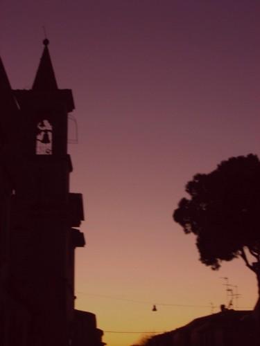 Viareggio - chiesa via del sacro cuore profilo del campanile