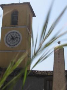 All'ombra del campanile