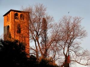 Santa Maria in Colle bruciata dall'alba