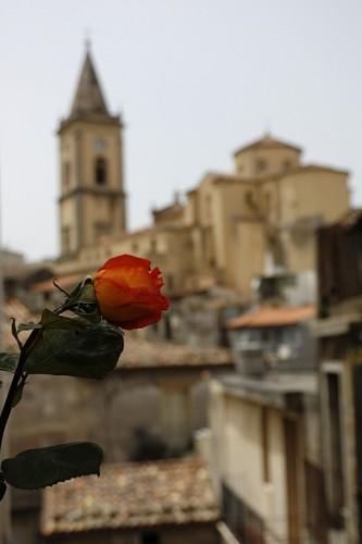 Novara di Sicilia - Un dono