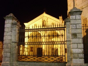 Santuario di San Michele di sera