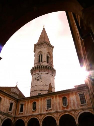 Perugia - San Pietro e la sua luce...