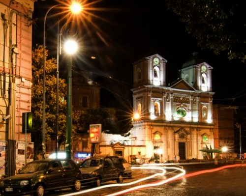 Portici - Chiesa in piazza