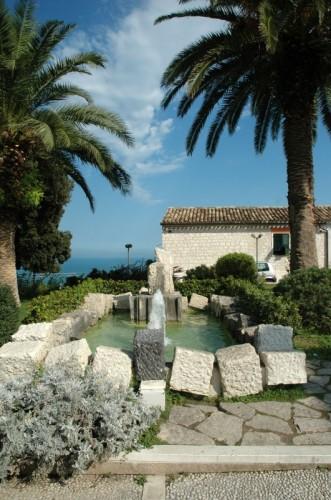 Sirolo - Fontana sul mare
