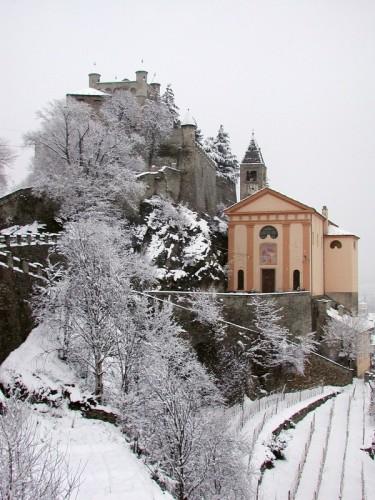 Saint-Pierre - Chiesa e castello di Saint Pierre