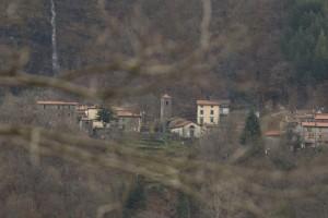 La Cascata e la Chiesa