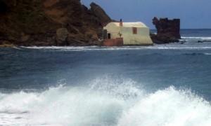 La chiesa della tonnara di Porto Paglia