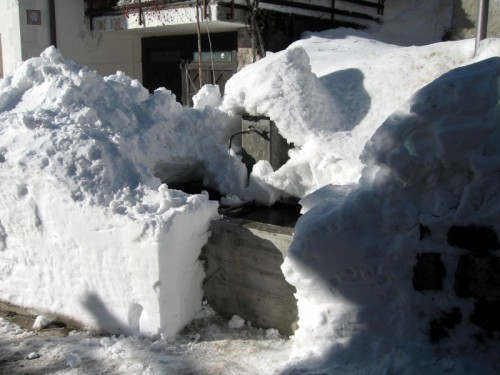 Falcade - Fontana di Sappade sotto la neve