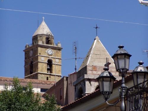 Monteverde - torri campanarie Cattedrale e Chiesa s. Antonio