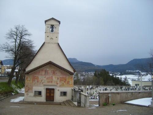 Romeno - CHIESETTA AFFRESCATA