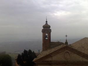 il campanile della chiesa del teatro