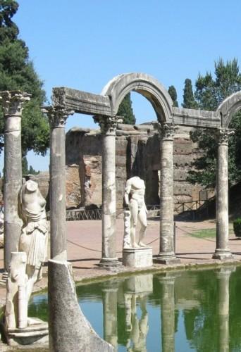 Tivoli - A gentile richiesta..ecco il lato-A- della fontana di villa Adriana.