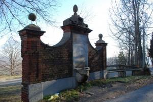 Fontana vicino al Santuario