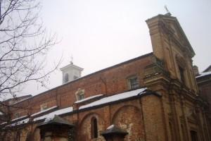 L'abbazia di Casanova in una giornata di nebbia