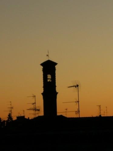 Santhià - Tramonto sul campanile della S.S Trinita