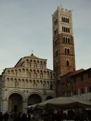 Lucca - I mercanti fuori dal tempio