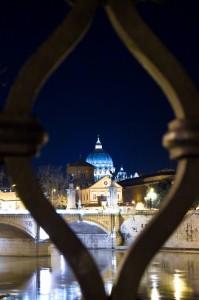 San pietro attraverso il ponte di castel S.angelo