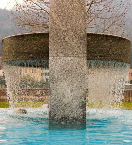 Lecco - Una fontana