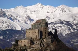 La Sacra di San Michele ed i monti della Val di Susa
