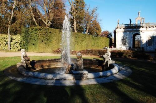 Galzignano Terme - fontana com putti
