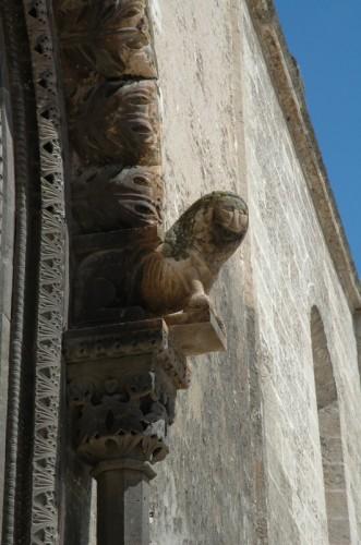 Grottaglie - Particolare del portale della Chiesa di Grottaglie