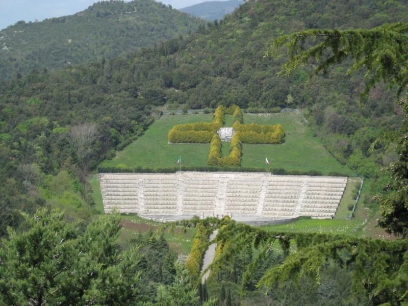 ''vista da edificio religioso'' - Cassino