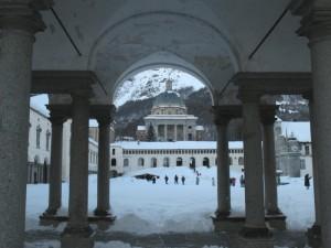 Oropa. La chiesa Nuova e la nevicata di S. Stefano
