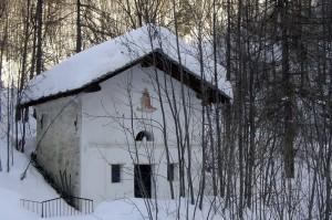antica cappella in frazione mondrone