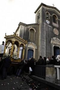 Madonna del Rosario..(ma come mai siete qui a Linera?)…chiese il Parroco.