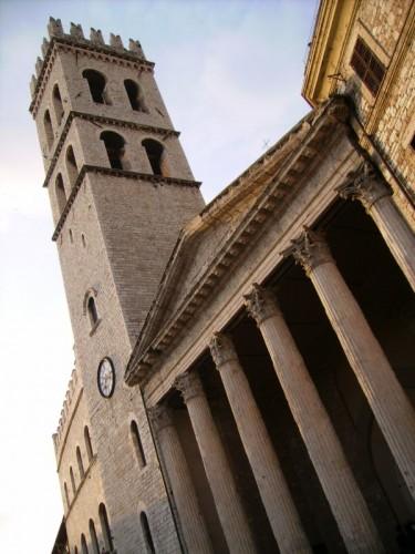 Assisi - Tempio di Minerva (Chiesa di S.Maria) e Torre del Popolo