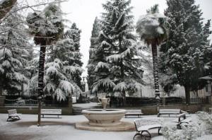 La Fontana della Piazza e la Neve 2
