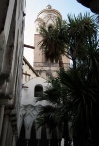 Campanile del Duomo di Amalfi dal Chiostro del Paradiso