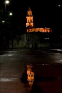 il riflesso di un campanile