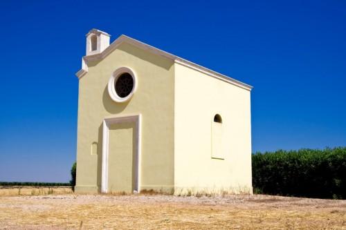Leverano - chiesachiusa