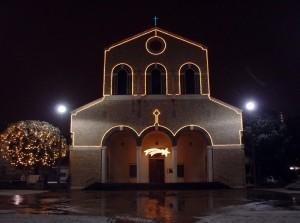 La magia della neve nella Brescia in notturna
