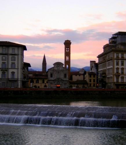 Firenze - L'Arno d'argento ed il tramonto su Ognissanti