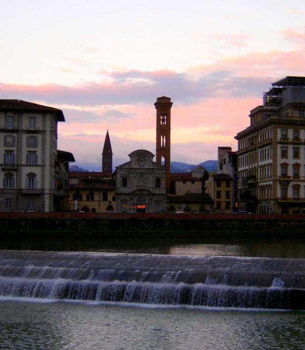 ''L'Arno d'argento ed il tramonto su Ognissanti'' - Firenze