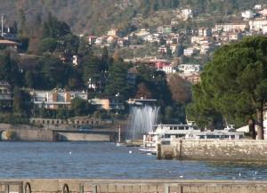 Fontana sul lago di Como