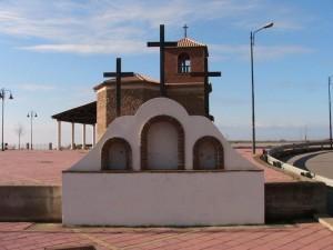Chiesetta e monumento