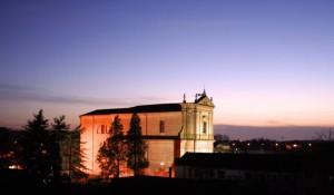 la chiesa che…Guarda il tramonto..