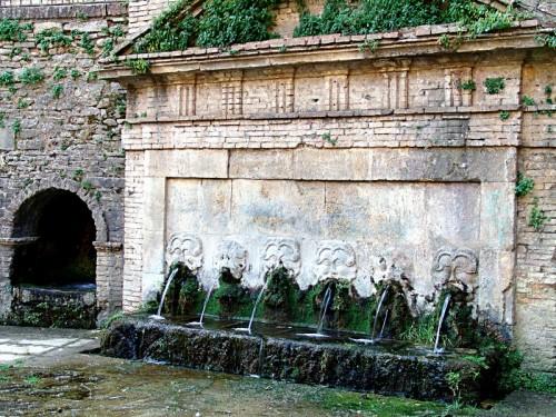 Lanciano - Fonte del Borgo 1