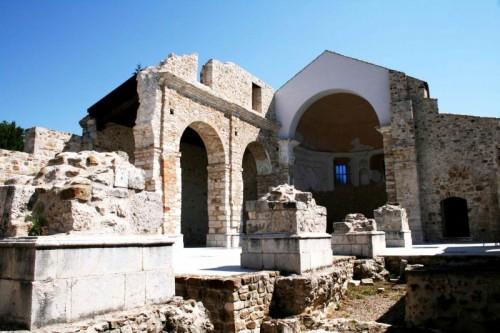 Conza della Campania - Duomo -rovine del terremoto 1980-