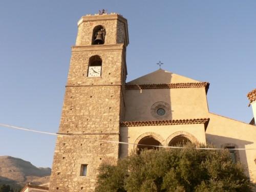Santa Domenica Talao - chiesa e torre campanaria