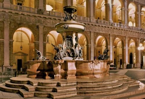 Loreto - Fontana   Santa Casa di Loreto