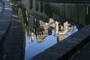 La Scarzuola si specchia nella fontana ideale