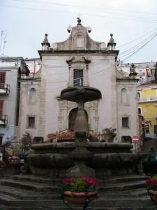 Fontana in fiore e Chiesa S.Francesco di Paola